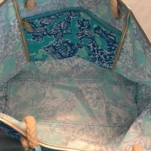 Lilly Pulitzer Bags - Lilly Pulitzer Get Away Tote Fabric blue